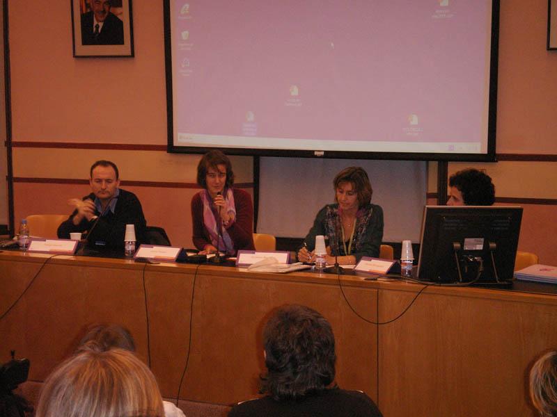 Dña. Carmen Borreguero (Asociación de Planificación Familiar de Cataluña),  Dña. Cristina Martínez (PASSIR de Barcelona), D. Felipe García (Hospital Clinic de Barcelona) y Dña. Lucie Fossie (Tamaia)