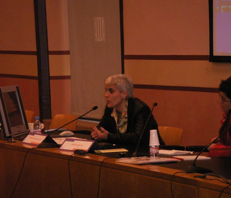 Dña. Montserrat Pineda, de Creación Positiva, junto con Dña. Kati Zaragoza, de Stop Sida